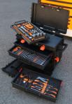 Tiroirs et plateau près à accueillir vos outils